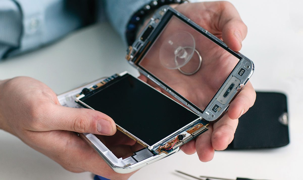 cell-phone-repair-ooltewah-ispecialize-1200x713